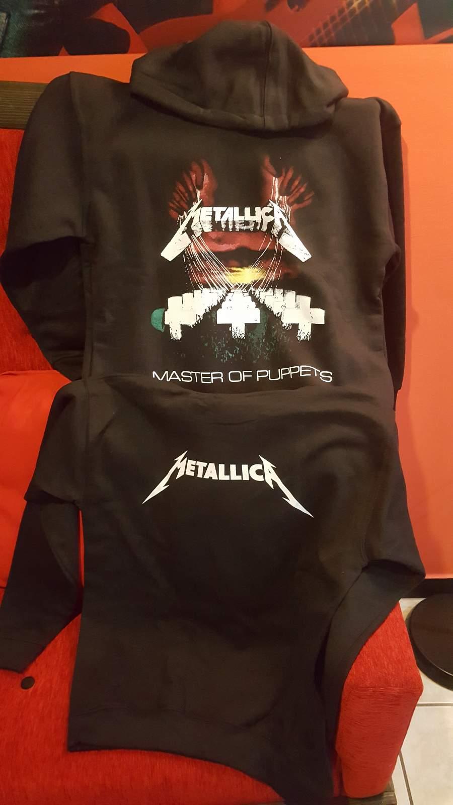 Metallica Master of Puppets belebújós PULÓVER