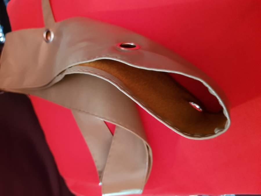 Női Barna Bőr megkötős/szegecselt 214 cm öv
