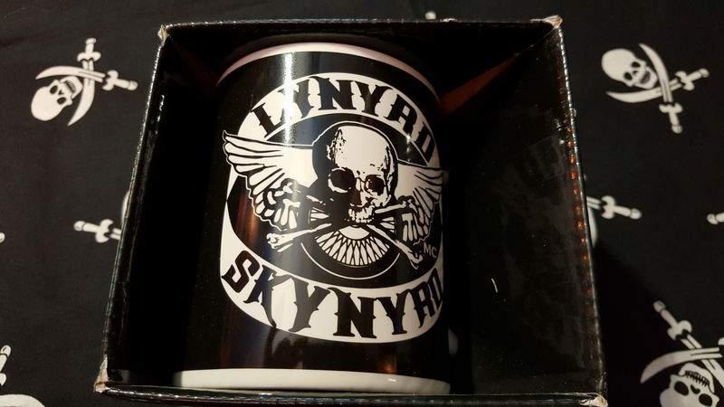 Lynyrd Skynyrd díszdobozos bögre