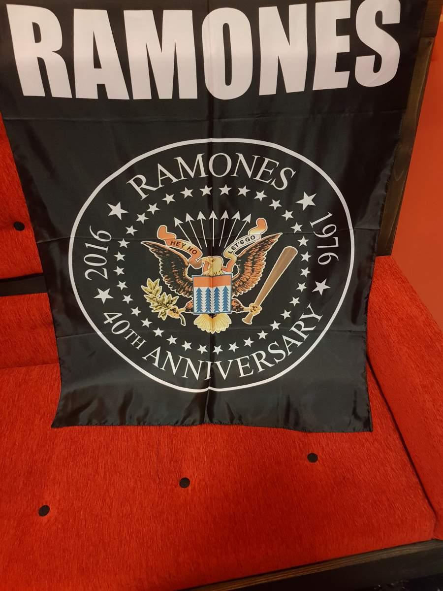 RAMONES POSZTERZÁSZLÓ