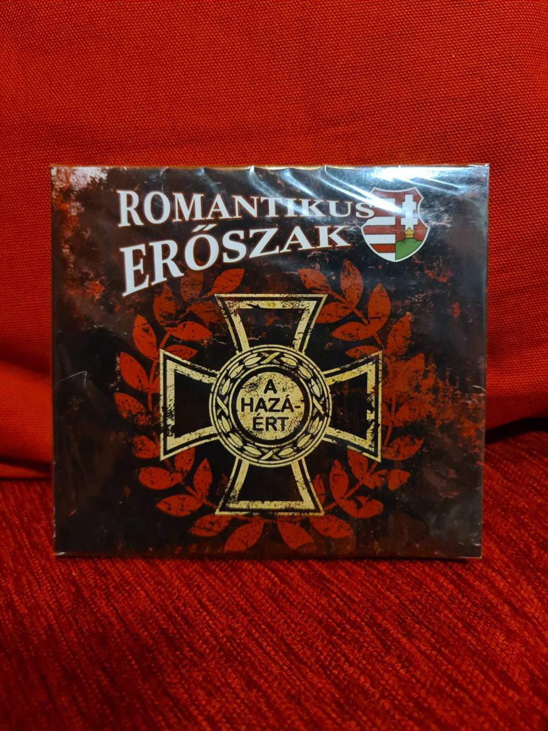 ROMANTIKUS ERŐSZAK - A HAZÁÉRT (PIROS) CD