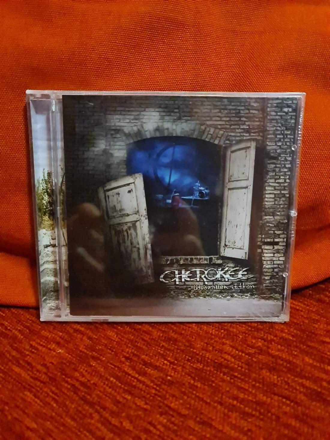 CHEROKEE - ÜDVÖZÖLLEK ITTHON CD