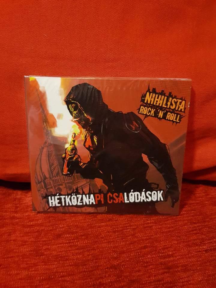 HÉTKÖZNAPI CSALÓDÁSOK - NIHILISTA ROCK N ROLL CD